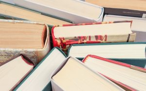 books-1194457_640